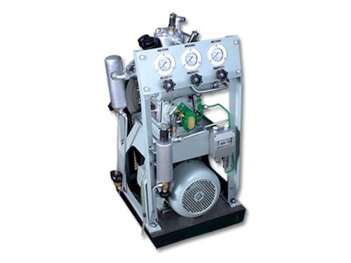 高压水冷、皮带传动系列舰船用空气压缩机