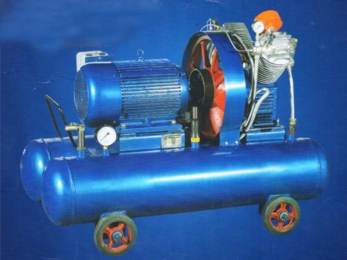 V-0.6/25充气机组系列